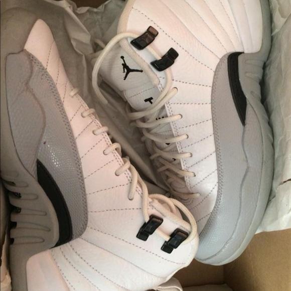 Jordan Other - Air jordan boy youth shoes. Size 5.5.